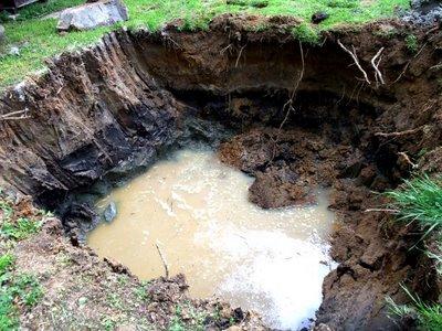 Плывун - насыщенный водой грунт